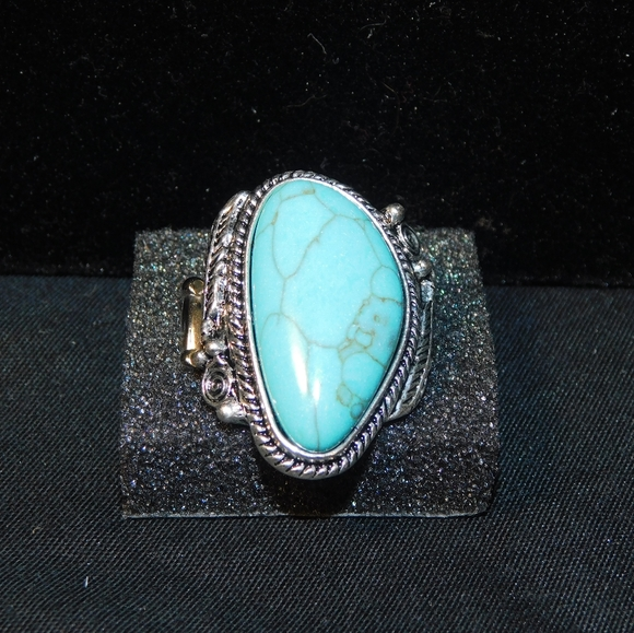 turquoise stretch fashion ring